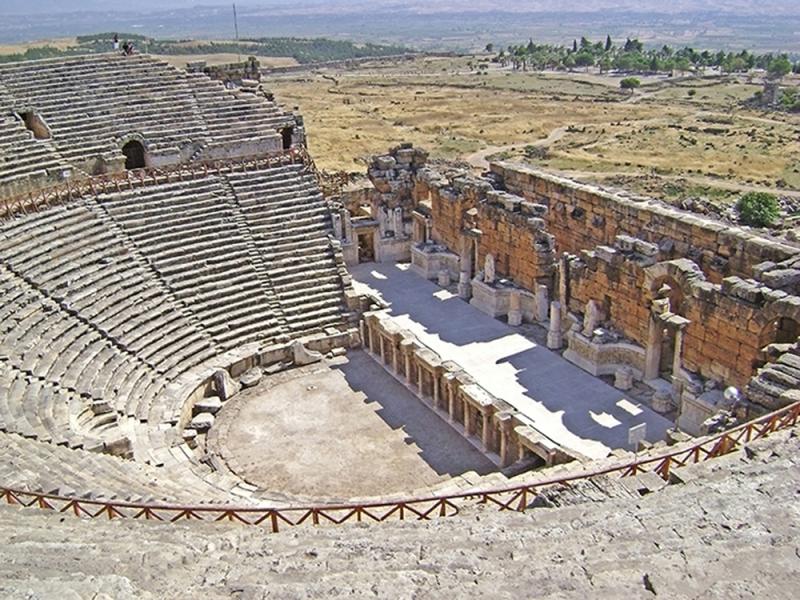 Амфитеатр иераполя 6746