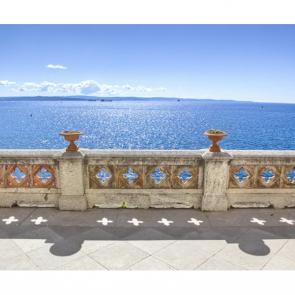 Балкон с видом на море 5100