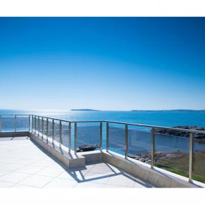 Балкон с видом на море 5103