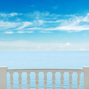 Балкон с видом на море 5114