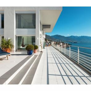Балкон с видом на море 5117