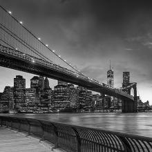 Черно-белый мост в Нью-Йорке