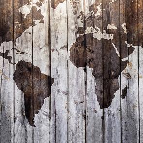 Карта мира на дереве