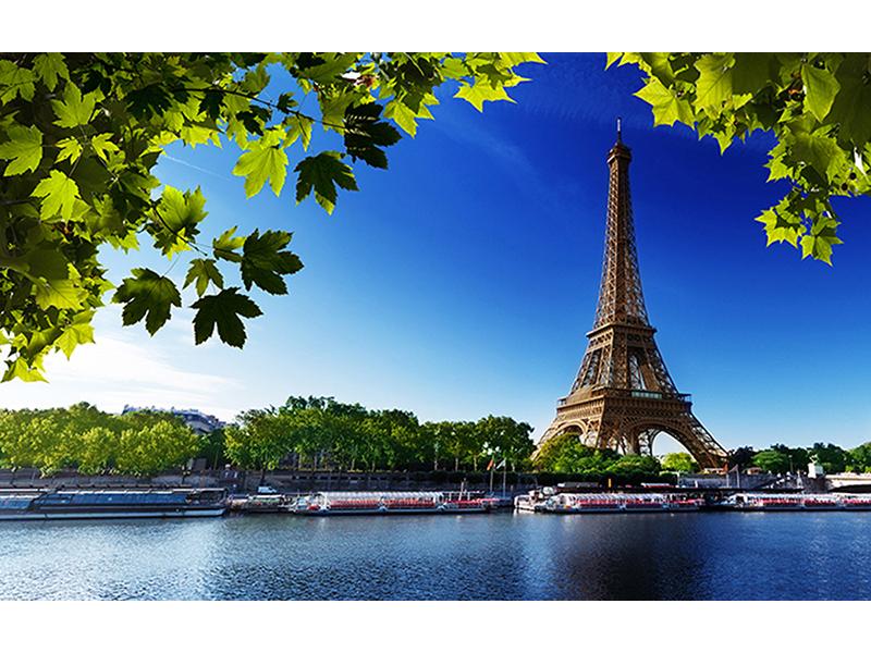 Эйфелева башня через реку Сену 1722