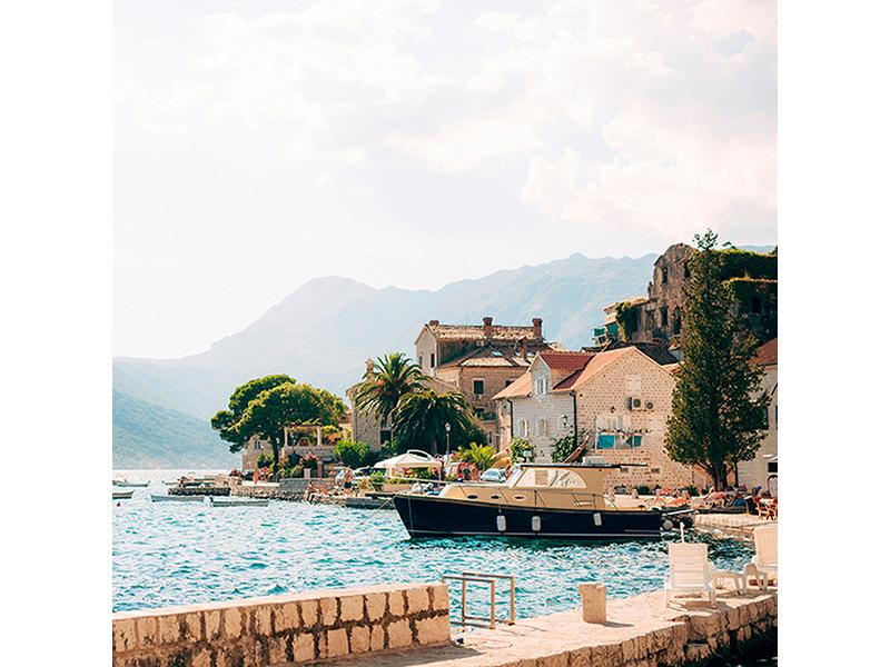 Город в Черногории 2566