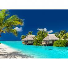Пляж с отелями