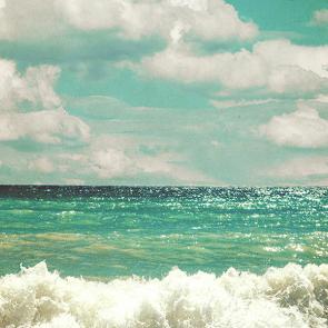 Море в ретро стиле