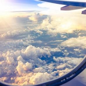 Небо в иллюминаторе