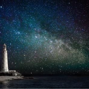 Ночное небо над морем