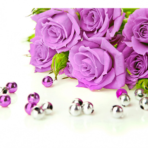 Розы с бусинами