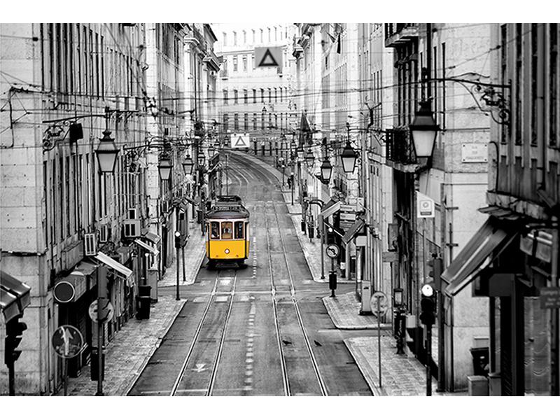 Трамвай утром 1124