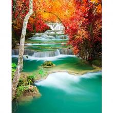 Удивителный водопад