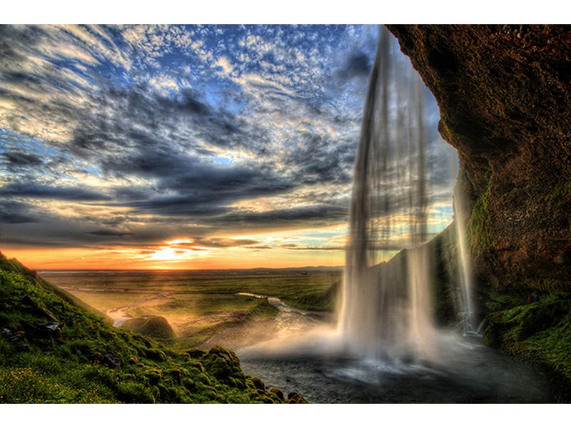 Водопад на закате 1841